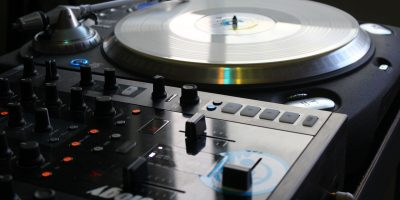 La profession de DJ professionnel par Valentin Rialland