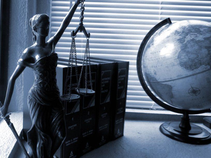 dame justice - la loi - la justice - symbole